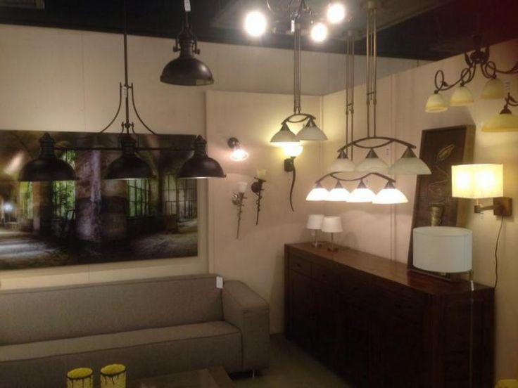 17 beste idee n over landelijke keuken verlichting op - Moderne keukenbank ...