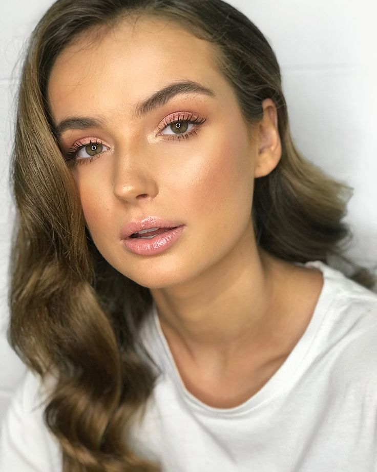 """404 Likes, 3 Comments - Samantha Ruby Artistry (@samantharuby_mua) on Instagram: """"Day 2 with @bubish_luxe and @nataliesole ✔️✨ Pinks and glam waves Using @_browcode_ Brow Gel…"""""""