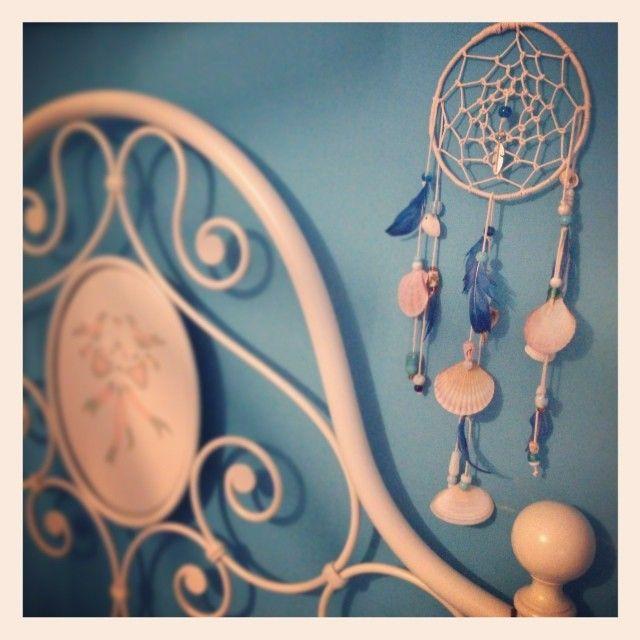 Acchiappasogni con conchiglie, perle e piume dipinte. Completely home made