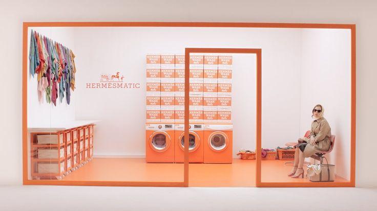 ⛳В Париже и Нью-Йорке открылись элитные прачечные для шарфиков Hermes  💦Издание Luxury Launches сообщило о расширении проекта Hermes Matic — элитных прачечных, в которых модницы могут привести в порядок шарфики, платки и палантины от одноимённого бренда. Поклонницы французского модного дома смогут привести в порядок изделия из чистого шёлка совершенно бесплатно.  🌟Дорогостоящие аксессуары из шёлкового твила требуют особо бережного обращения, поэтому французский модный дом решил обустроить…