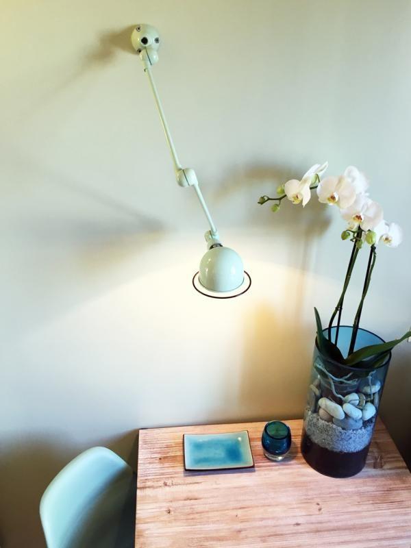 Oltre 1000 idee su lampade da parete su pinterest lampade da tavolo moderne lampade e sedie - Lampade da parete moderne ...