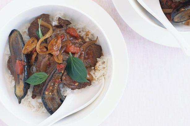Chili beef w/coconut rice