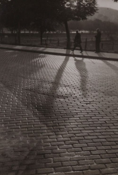 Imre Kinszki - Shadows, 1931