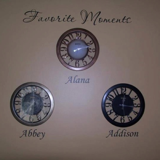 Another way to do my most requested custom! Clocks stopped at time of birth. http://lizmyers.uppercaseliving.net