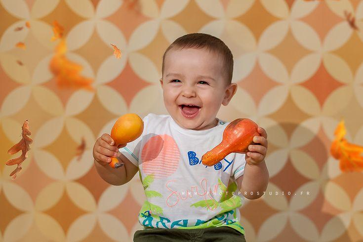 Un nouveau décor smash the cake testé par Ivan - Shooting enfant dans le studio photo. Photos par photographe professionnel :: Photographe Marina CHEPTEA ::