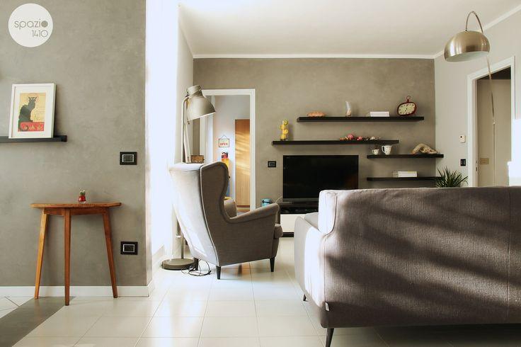 LE PARETI CEMENTO :: Le due parete nord sono state dipinte con una pittura decorativi da interni effetto cemento, una finitura molto resistente che crea un ambiente urbano dal sapore industriale #casa #interni #interior #design #home