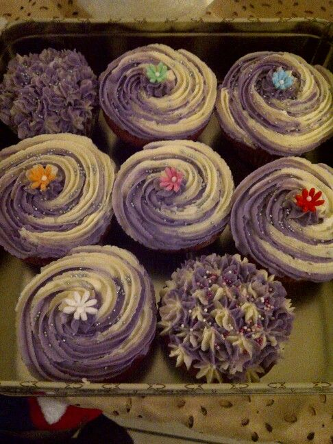Buttercream cupcakes on http://www.stylexplora.blogspot.com