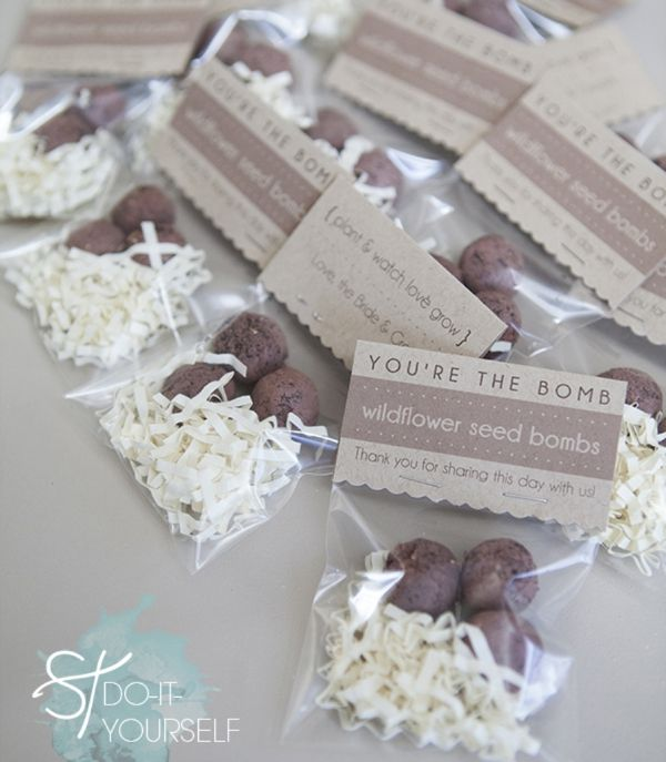 How to make 'seed bombs' and turn them into wedding favors! FREE tag downloads!