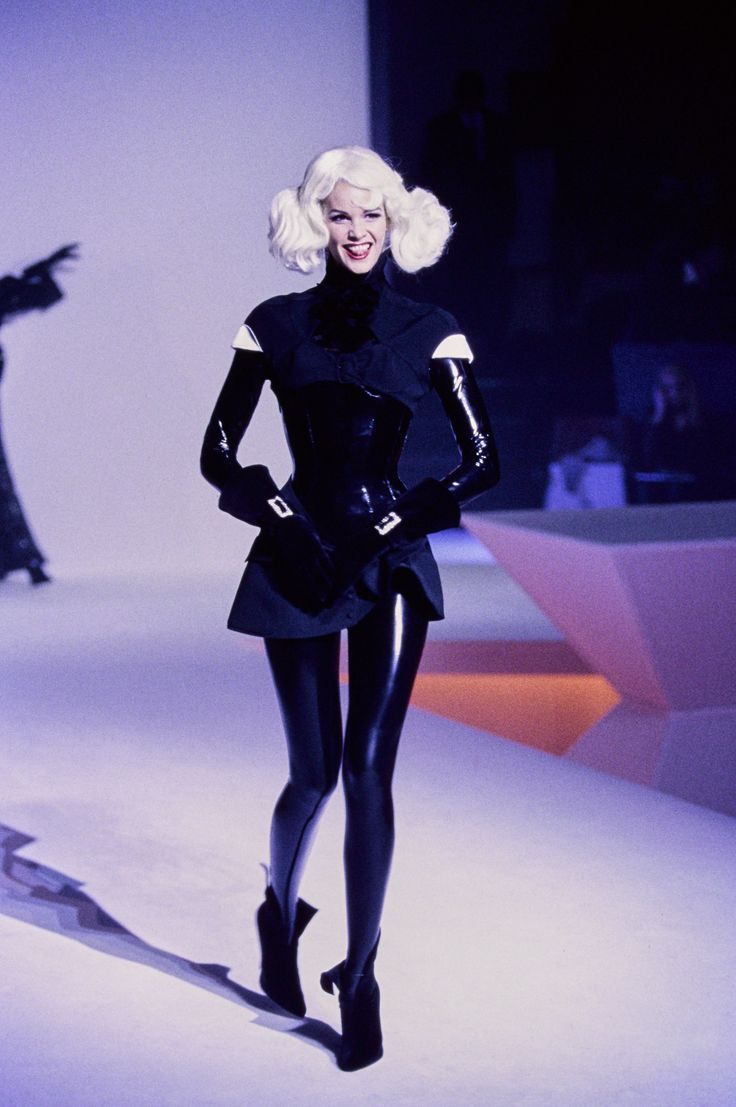179 best images about thierry mugler on pinterest shalom for Define couture fashion