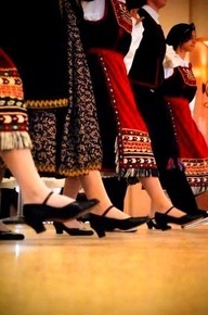 Greek traditional clothes & dancing | #greek #culture