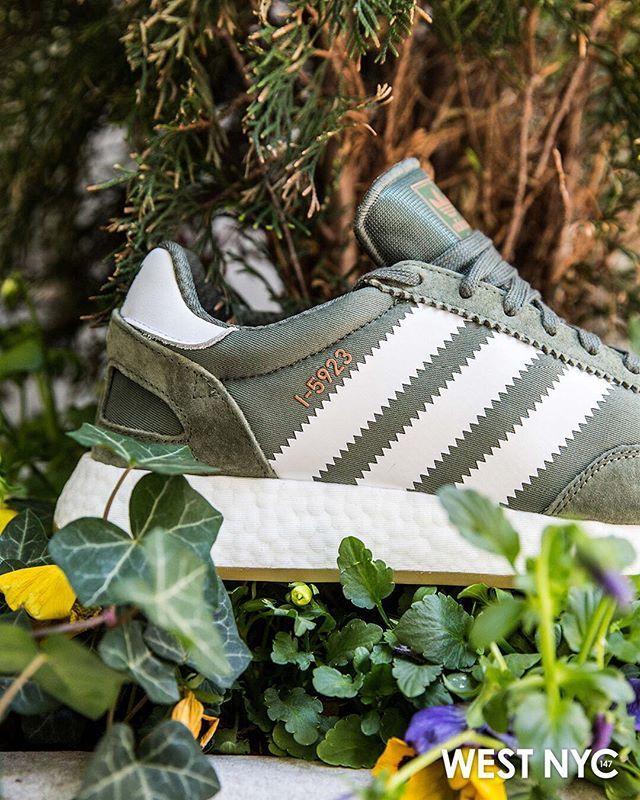 Adidas gazelle sneaker, Iniki runner