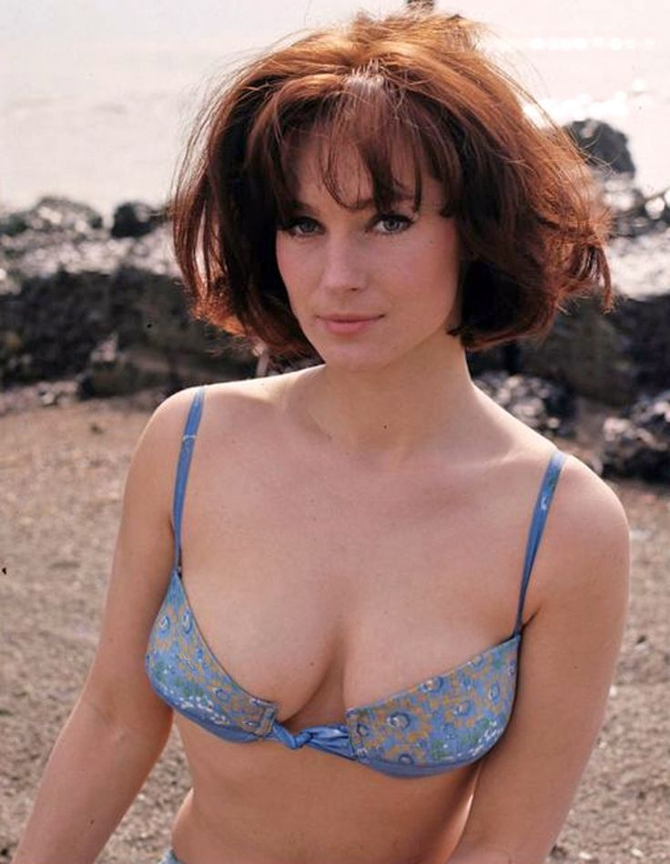 Shirley Anne Field 1017 215 1310 Shirley Anne Field