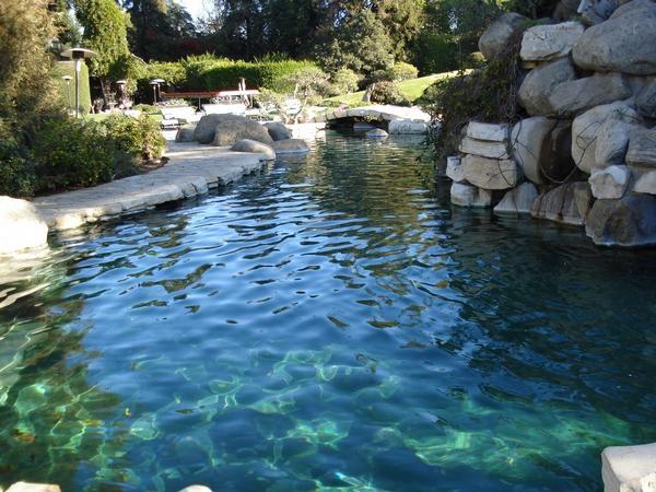 Playboy Mansion Backyard : mansions