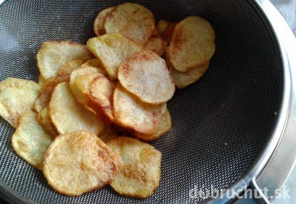 Domáce zemiakové chipsy