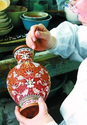"""Статьи :: Перегородчатая эмаль (клуазоне) - Галерея """"Синий Феникс"""" -  китайские картины, нефрит, лаковые шкатулки, украшения, фарфор, керамика, бронза, украшения, товары для художников"""