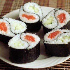 Рис – традиционное восточное блюдо. Как выбрать правильный рис для суши? Секреты приготовления риса для суши – промывание, готовка и заправка. Готовим рис для суши в мультиварке