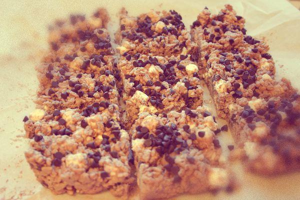 Bakergirl: Chocolatey Avalanche Bars.