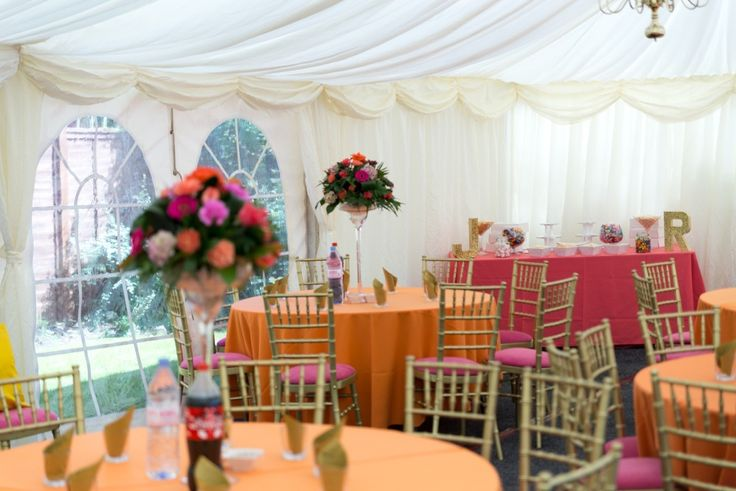 Gold Chiavari with Fuchsia Pink Seat Pad #events #wedding #weddingdecorations #colour #linen