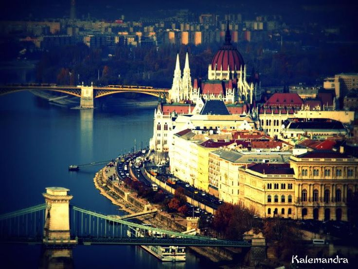 The Parliament of Hungary, Budapest / Clickasnap