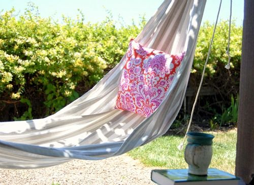 25 Unique Outdoor Swing Cushions Ideas On Pinterest: 25+ Best Ideas About Homemade Hammock On Pinterest