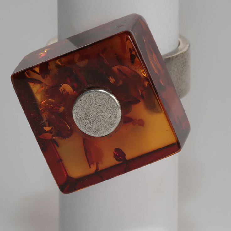 Baltic Amber block ring in silver(925)