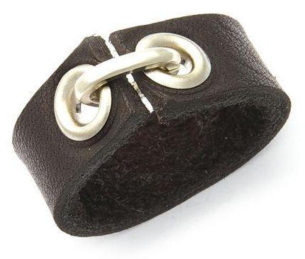 Leather ring......coooooool!