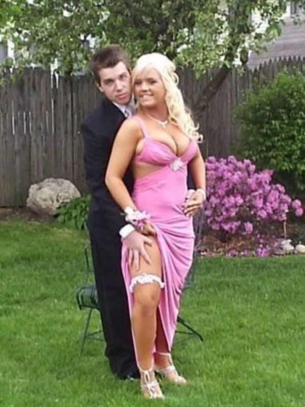 Embarrassing Prom Photos That Should Have Never Happened