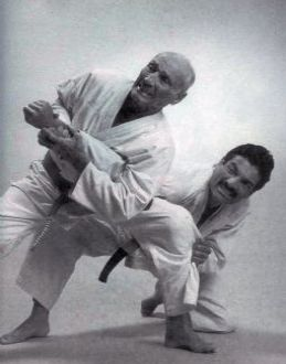 """Gracie Jiu-Jitsu Magazine, Jan 1997. """"He has fought all comers, no matter how big or how though. His courage is unquestioned – an oil company once minted a medal in his honor for leaping off a cruise ship to pull a drowning man out of shark-infested waters. Helio Gracie is a legend in his own time, both in his native Brazil and throughout the world."""" - by Don Beu http://gracieacademy.com/media_print.asp?aid=35"""