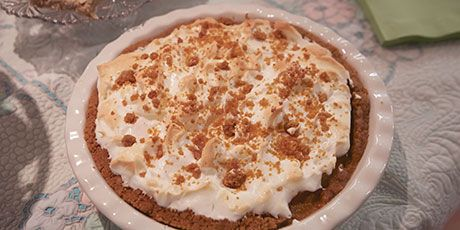 Marilyn's Flapper Pie Recipes | Food Network Canada
