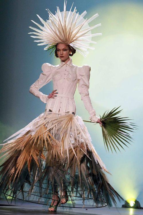 Le défilé Jean Paul Gaultier haute couture printemps-été 2010