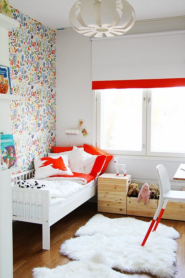 Some DIYs in girl's room. Painted Ikea's roller blind, Urban chair and a cute reindeer. Goldfish pillow made out of Ikea's tea towell by Bambula.