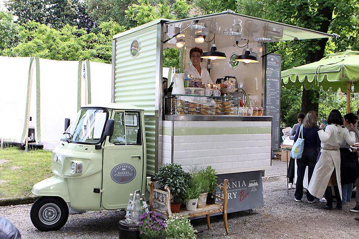 mobile bakery trucks