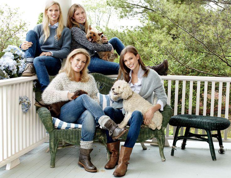 At Home with Supermodel Karlie Kloss and Her Sisters  קרלי מהממת ואני  משתוקקת לכל הבגדים שבצילומים