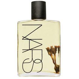 Es un refinado extracto de coco con una infusión de aceite y nutrientes, y fragancia natural - Monoi Body Glow II - NARS