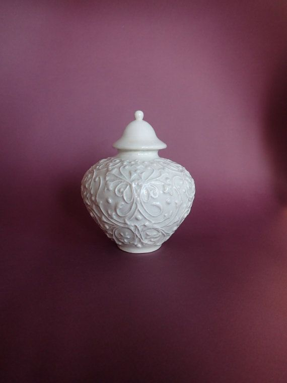 Handcrafted Urn for Pets Tender Tendrils White by ArtPetUrns