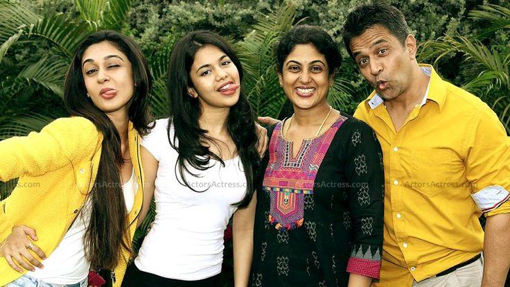 Actor Arjun Family Photos - Tamil Actor Arjun Sarja family