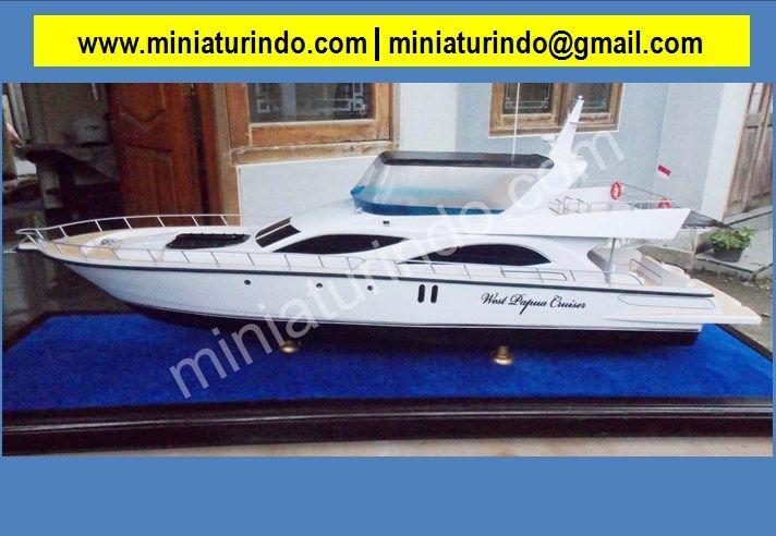 Plastic Model, Scale Plastic Model, Model Cars To Build, Ship Model, Model Warship, Model Sailing Ships, Ship Model Supplies, Model, Model Boat Shops, Container Ship Model