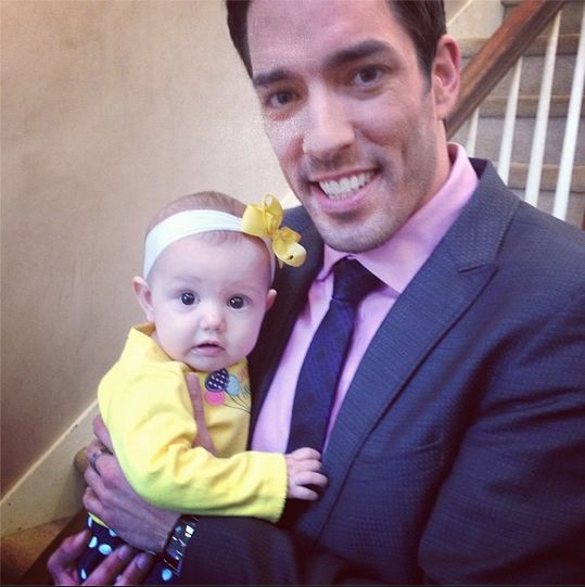 Another nominee for the cutest #Baby ever award :)   Follow on Instagram for more #BehindTheScenes photos on set of #PropertyBrothers and #BuyingandSelling !