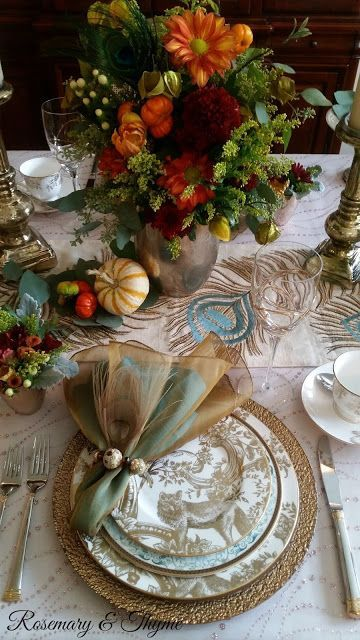 High end Thanksgiving tablescape and centerpiece ideas for fabulous Holiday Entertaining With Lenox & Marchesa! Gorgeous from Rosemary & Thyme