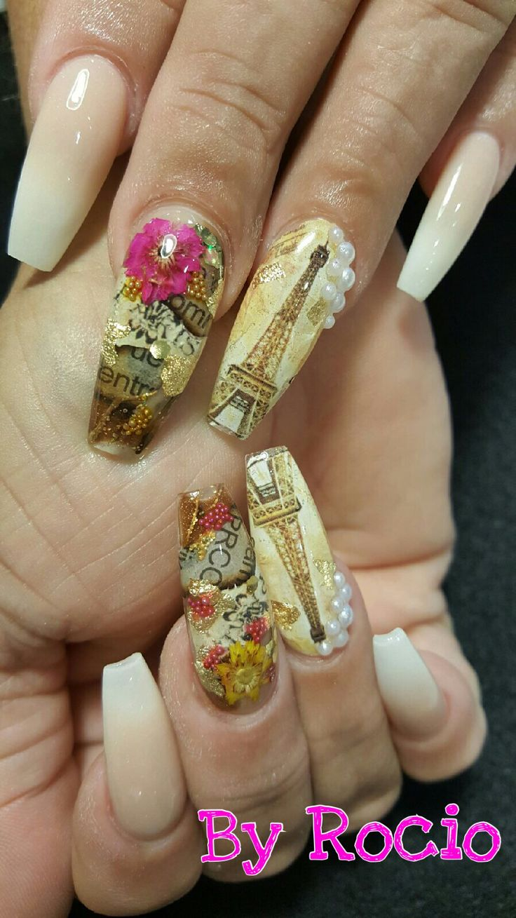 Acrylic nails with newspaper arts !