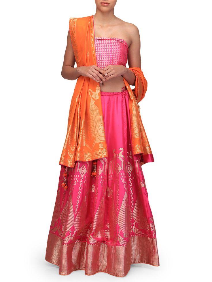 Ekaya Rani Pink Lehenga Set | Ekaya | BYELORA.COM