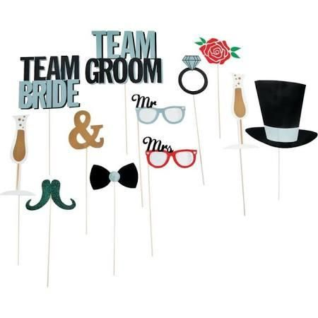 Your special day guests will love to have fun and leave funny messages by using these hilarious thought stick costume booth props. Hold up a funny message bubbl