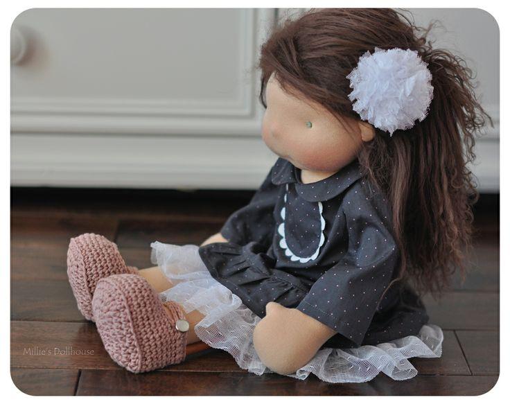 "Lucienne - A ""bambola fatta a mano di Dollhouse Millie :: Dollectable In magazzino deposito 17"