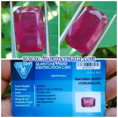 CM165 Batu Ruby Asli dan Ada Memonya Nama Batu Permata Natural Ruby Corundum Dikenal : Batu Mirah Ruby Dimensi Batu Permata : 10,23 x 7,31 x 4,38 mm Berat