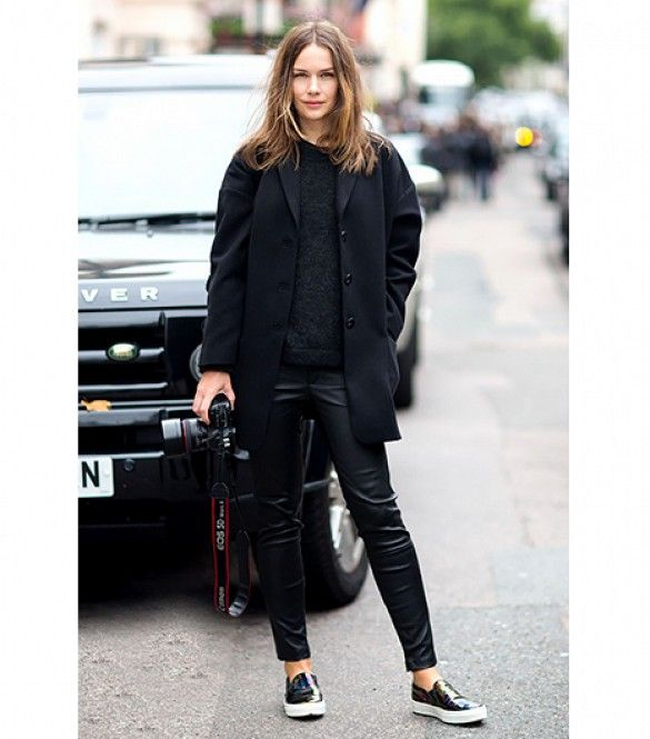 You'll never fail in an all-black ensemble when it comes to styling