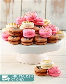Confectionary Cakes and Cupcakes: Pink Bling 24pc Macaroon Box!