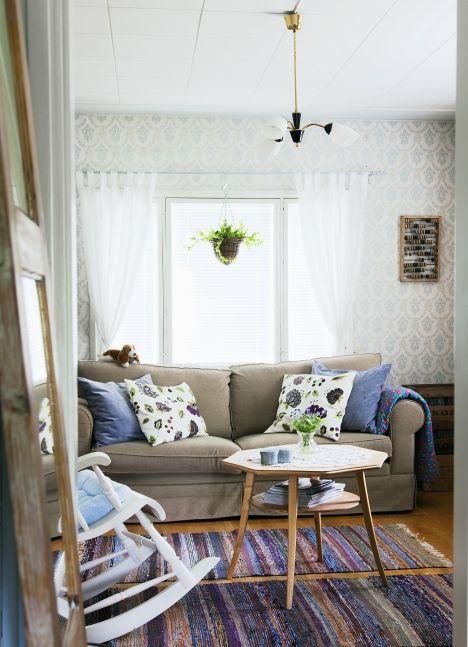 Rintamiestalon lämmintunnelmainen olohuone. | Unelmien Talo&Koti  Kuvat: Juho Huttunen Toimittaja: Anna Pirkola