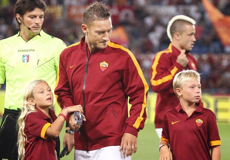 Francesco #Totti with his children #Cristian and #Chanel