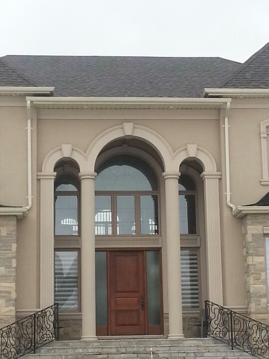 Elegant entrance using eps foam columns arches and crown Crown columns