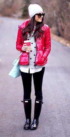 bright pop of color jacket, leggings boots, hat